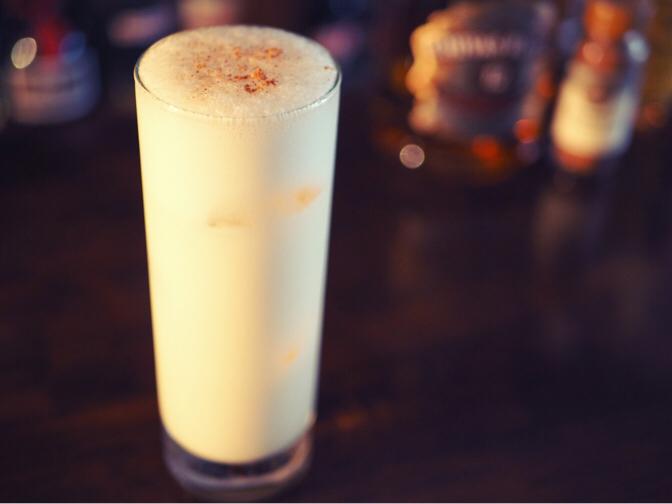 カクテル「ミルク・パンチ」の作り方
